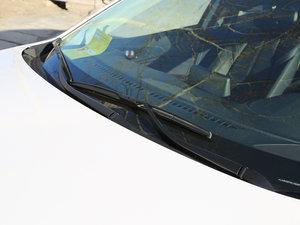 2017款三厢 1.5L 自动尊贵型 雨刷
