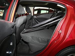 2017款两厢 1.5L 手动舒适型 后排座椅放倒