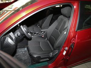 2017款两厢 1.5L 手动舒适型 前排座椅