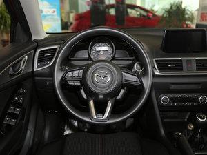 2017款两厢 1.5L 手动舒适型 方向盘