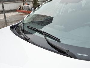 2017款三厢 1.5L 手动舒适型 雨刷