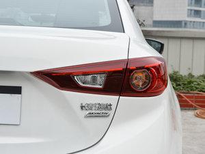 2017款三厢 1.5L 手动舒适型 尾灯