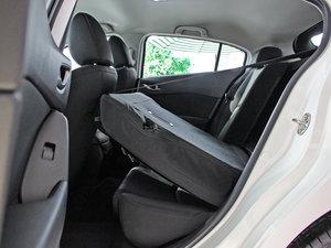 2017款两厢 1.5L 自动舒适型 后排座椅放倒