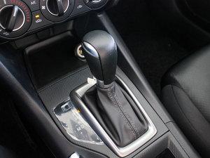2017款两厢 1.5L 自动舒适型 变速挡杆