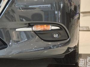2017款三厢 1.5L 自动豪华型 雾灯
