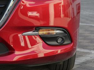 2017款两厢 2.0L 自动运动型 雾灯