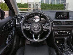 2017款两厢 2.0L 自动运动型 方向盘