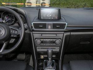 2017款两厢 2.0L 自动运动型 中控台