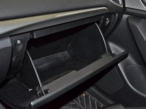 2017款三厢 1.5L 自动舒适型 空间座椅