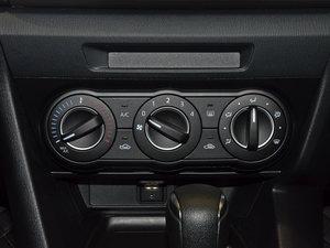 2017款三厢 1.5L 自动舒适型 中控区