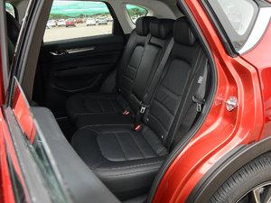 2017款2.5L 自动四驱旗舰型 后排座椅