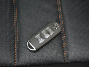 2017款2.5L 自动四驱旗舰型 钥匙