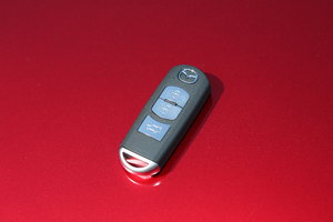 2017款2.0L 自动四驱智享型 钥匙