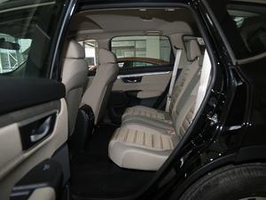 2018款240TURBO 两驱舒适版 后排空间