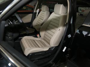 2018款240TURBO 两驱舒适版 前排座椅