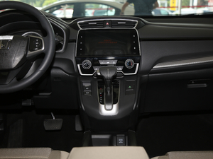 2018款240TURBO 两驱舒适版 中控台