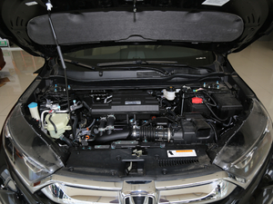 2018款240TURBO 两驱舒适版 发动机