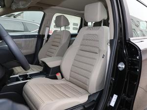 2019款240TURBO CVT两驱舒适版 前排座椅