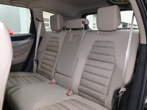 2019款240TURBO CVT两驱舒适版 后排座椅