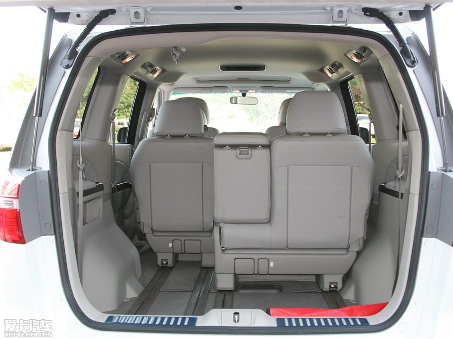 艾力绅车型参数 购2012款艾力绅 赠送价值6800元太阳膜 高清图片