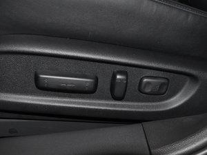 2015款2.4L DCT 尊耀版 座椅调节