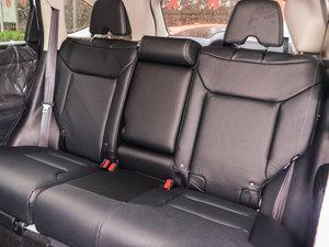 2015款2.4L 四驱尊贵版 后排座椅