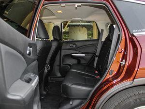 2015款2.4L 四驱尊贵版 后排空间