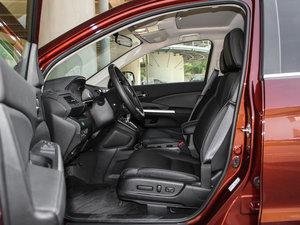 2015款2.4L 四驱尊贵版 前排空间
