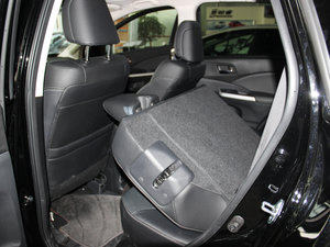 2015款2.4L 四驱豪华版 后排座椅放倒