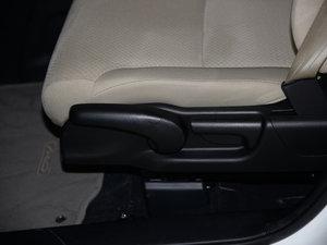 2015款2.0L 两驱风尚版 座椅调节