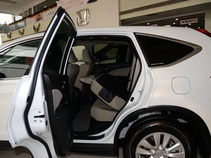 2015款2.0L 两驱风尚版 后排座椅放倒