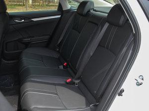2016款220TURBO 自动尊耀版 后排座椅