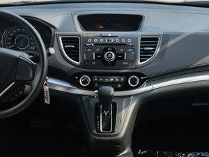 2016款2.0L 两驱都市版 中控台