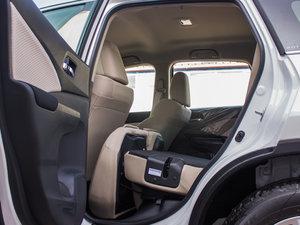 2016款2.0L 两驱经典版 后排座椅放倒
