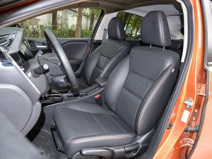 2017款1.5L  CVT豪华版 前排座椅