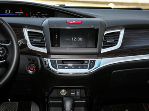 2017款210TURBO CVT豪华版 5座 中控台