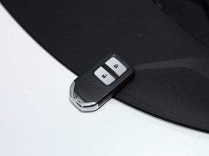 2017款210TURBO CVT豪华版 5座 钥匙