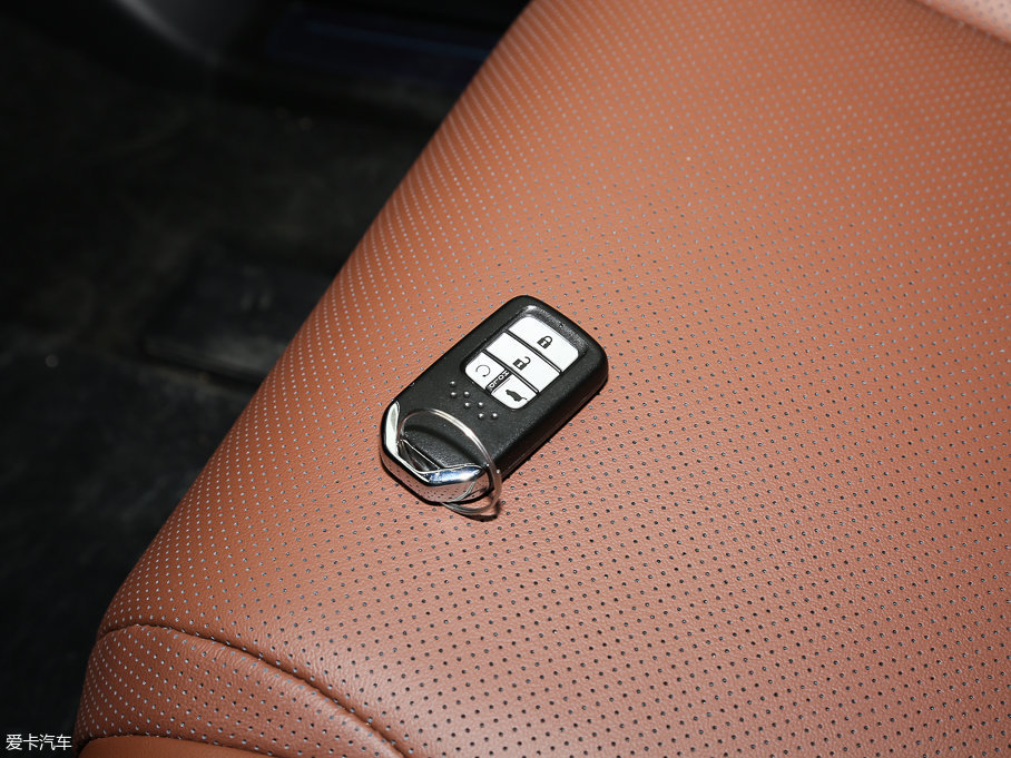 2017款本田UR-V370TURBO 四驱尊耀版