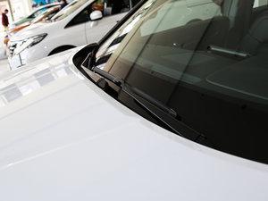2017款370TURBO 四驱尊享版 雨刷
