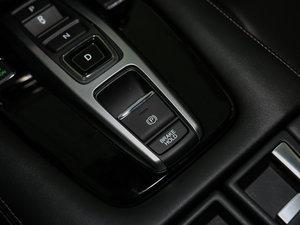 2017款370TURBO 四驱尊享版 驻车制动器