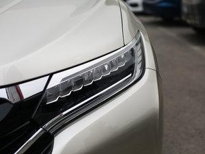 2017款370TURBO 四驱尊耀版 头灯