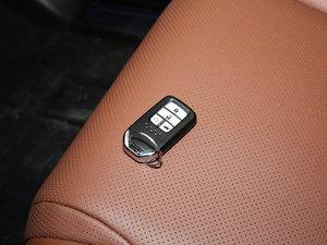 2017款370TURBO 四驱尊耀版 钥匙