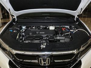 2017款370TURBO 两驱尊贵版 发动机