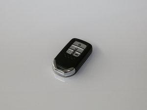 2017款370TURBO 两驱尊贵版 钥匙
