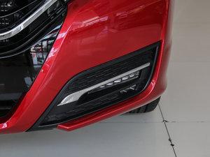 2017款370TURBO 四驱尊享版 雾灯