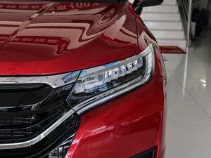 2017款370TURBO 四驱尊享版 头灯