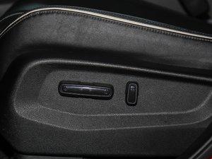 2017款370TURBO 四驱尊享版 座椅调节
