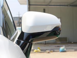 2017款370TURBO 四驱尊耀版 后视镜
