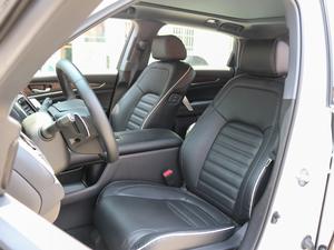 2017款370TURBO 四驱尊耀版 前排座椅