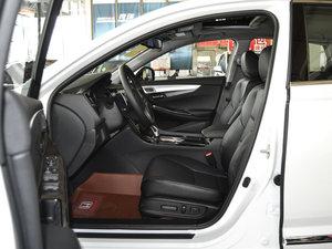2017款2.0L CVT 舒适版 前排空间